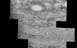 "<h1>PIA01228:  Jupiter's Southern Hemisphere in the Near-Infrared (Time Set 2)</h1><div class=""PIA01228"" lang=""en"" style=""width:800px;text-align:left;margin:auto;background-color:#000;padding:10px;max-height:150px;overflow:auto;"">Mosaic of Jupiter's southern hemisphere between -25 and -80 degrees (south) latitude. In time sequence two, taken nine hours after sequence one, the limb is visible near the bottom right part of the mosaic. The curved border near the bottom left indicates the location of Jupiter's day/night terminator.<p>Jupiter's atmospheric circulation is dominated by alternating eastward and westward jets from equatorial to polar latitudes. The direction and speed of these jets in part determine the brightness and texture of the clouds seen in this mosaic. Also visible are several other common Jovian cloud features, including two large vortices, bright spots, dark spots, interacting vortices, and turbulent chaotic systems. The north-south dimension of each of the two vortices in the center of the mosaic is about 3500 kilometers. The right oval is rotating counterclockwise, like other anticyclonic bright vortices in Jupiter's atmosphere. The left vortex is a cyclonic (clockwise) vortex. The differences between them (their brightness, their symmetry, and their behavior) are clues to how Jupiter's atmosphere works. The cloud features visible at 756 nanometers (near-infrared light) are at an atmospheric pressure level of about 1 bar.<p>North is at the top. The images are projected onto a sphere, with features being foreshortened towards the south and east. The smallest resolved features are tens of kilometers in size. These images were taken on May 7, 1997, at a range of 1.5 million kilometers by the Solid State Imaging system on NASA's Galileo spacecraft.<p>The Jet Propulsion Laboratory, Pasadena, CA manages the mission for NASA's Office of Space Science, Washington, DC.<p>This image and other images and data received from Galileo are posted on the World Wide Web, on the Galileo mission home page at URL http://galileo.jpl.nasa.gov. Background information and educational context for the images can be found at <a href=""http://www2.jpl.nasa.gov/galileo/sepo/"" target=""_blank"">http://www.jpl.nasa.gov/galileo/sepo</a>..<br /><br /><a href=""http://photojournal.jpl.nasa.gov/catalog/PIA01228"" onclick=""window.open(this.href); return false;"" title=""Voir l'image 	 PIA01228:  Jupiter's Southern Hemisphere in the Near-Infrared (Time Set 2)	  sur le site de la NASA"">Voir l'image 	 PIA01228:  Jupiter's Southern Hemisphere in the Near-Infrared (Time Set 2)	  sur le site de la NASA.</a></div>"