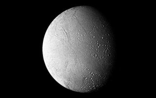 "<h1>PIA01395:  Saturn - high-resolution filtered image of Enceladus</h1><div class=""PIA01395"" lang=""en"" style=""width:800px;text-align:left;margin:auto;background-color:#000;padding:10px;max-height:150px;overflow:auto;"">This high-resolution filtered image of Enceladus was made from several images obtained Aug. 25 by Voyager 2 from a range of 119,000 kilometers (74,000 miles). It shows further surface detail on this Saturnian moon (also viewed in the accompanying release P-23955C/BW, S-2-50, imaged about the same time). Enceladus is seen to resemble Jupiter's Galilean satellite Ganymede, which is, however, about 10 times larger. Faintly visible here in ""Saturnshine"" is the hemisphere turned away from the sun. The Voyager project is managed for NASA by the Jet Propulsion Laboratory, Pasadena, Calif.<br /><br /><a href=""http://photojournal.jpl.nasa.gov/catalog/PIA01395"" onclick=""window.open(this.href); return false;"" title=""Voir l'image 	 PIA01395:  Saturn - high-resolution filtered image of Enceladus	  sur le site de la NASA"">Voir l'image 	 PIA01395:  Saturn - high-resolution filtered image of Enceladus	  sur le site de la NASA.</a></div>"