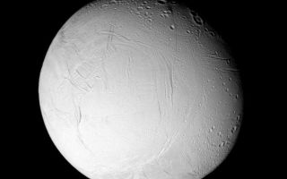 "<h1>PIA07709:  Fresh Features on Enceladus (Monochrome)</h1><div class=""PIA07709"" lang=""en"" style=""width:750px;text-align:left;margin:auto;background-color:#000;padding:10px;max-height:150px;overflow:auto;""><p>Wrinkles and cracks have reworked the surface of Enceladus, perhaps due to the influence of tidal stresses. The monochrome view also makes it clear that certain geological provinces on the moon have been altered by the activity, erasing ancient craters, while other places have retained much of the cratering record.</p><p>See <a href=""/catalog/PIA07708"">PIA07708</a> for a false-color version of this view.</p><p>Terrain on the trailing hemisphere of Enceladus (505 kilometers, or 314 miles across) is seen here. North is up.</p><p>The image was taken using a near infrared spectral filter sensitive to wavelengths of light centered at 752 nanometers. The view was obtained using the Cassini spacecraft narrow-angle camera on Jan. 17, 2006 at a distance of approximately 153,000 kilometers (95,000 miles) from Enceladus and at a Sun-Enceladus-spacecraft, or phase angle, of 29 degrees. Image scale is 912 meters (2,994 feet) per pixel.</p><p>The Cassini-Huygens mission is a cooperative project of NASA, the European Space Agency and the Italian Space Agency. The Jet Propulsion Laboratory, a division of the California Institute of Technology in Pasadena, manages the mission for NASA's Science Mission Directorate, Washington, D.C. The Cassini orbiter and its two onboard cameras were designed, developed and assembled at JPL. The imaging operations center is based at the Space Science Institute in Boulder, Colo.</p><p>For more information about the Cassini-Huygens mission visit <a href=""http://saturn.jpl.nasa.gov"">http://saturn.jpl.nasa.gov/home/index.cfm</a>. The Cassini imaging team homepage is at <a href=""http://ciclops.org"">http://ciclops.org</a>.</p><br /><br /><a href=""http://photojournal.jpl.nasa.gov/catalog/PIA07709"" onclick=""window.open(this.href); return false;"" title=""Voir l'image 	 PIA07709:  Fresh Features on Enceladus (Monochrome)	  sur le site de la NASA"">Voir l'image 	 PIA07709:  Fresh Features on Enceladus (Monochrome)	  sur le site de la NASA.</a></div>"