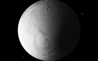 "<h1>PIA10551:  Enceladus in Eclipse</h1><div class=""PIA10551"" lang=""en"" style=""width:800px;text-align:left;margin:auto;background-color:#000;padding:10px;max-height:150px;overflow:auto;""><p>In Saturn's shadow, the southern hemisphere of Enceladus is lit by sunlight reflected first off of the rings and then onto the nightside of the planet.</p><p>Other sources of illumination include sunlight reflected off Titan, Dione, and Rhea, which, at the time this image was acquired, were all positioned in the same place in the Enceladan sky. </p><p>The deep Labtayt Sulci lie at the top of this image, which is nearly centered on the moon's South pole. </p><p>While features in the center of this image are in sharp focus, those near the limb appear blurred because the spacecraft was receding from Enceladus at 16 kilometers (10 miles) per second during this long exposure.</p><p>The image was taken in visible light with the Cassini spacecraft narrow-angle camera on Oct. 31, 2008 at a distance of approximately 137,000 kilometers (85,100 miles) from Enceladus and at a Sun-Enceladus-spacecraft, or phase, angle of 73 degrees. Image scale is 818 meters (2,682 feet) per pixel.</p><p>The Cassini-Huygens mission is a cooperative project of NASA, the European Space Agency and the Italian Space Agency. The Jet Propulsion Laboratory, a division of the California Institute of Technology in Pasadena, manages the mission for NASA's Science Mission Directorate, Washington, D.C. The Cassini orbiter and its two onboard cameras were designed, developed and assembled at JPL. The imaging operations center is based at the Space Science Institute in Boulder, Colo.</p><p>For more information about the Cassini-Huygens mission visit <a href=""http://saturn.jpl.nasa.gov"" class=""external free"" target=""wpext"">http://saturn.jpl.nasa.gov/</a>. The Cassini imaging team homepage is at <a href=""http://ciclops.org"" class=""external free"" target=""wpext"">http://ciclops.org</a>.<br /><br /><a href=""http://photojournal.jpl.nasa.gov/catalog/PIA10551"" onclick=""window.open(this.href); return false;"" title=""Voir l'image 	 PIA10551:  Enceladus in Eclipse	  sur le site de la NASA"">Voir l'image 	 PIA10551:  Enceladus in Eclipse	  sur le site de la NASA.</a></div>"