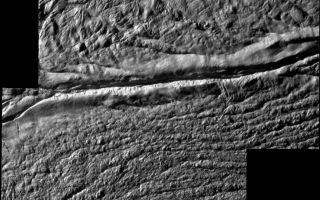 "<h1>PIA11113:  Damascus Sulcus on Enceladus</h1><div class=""PIA11113"" lang=""en"" style=""width:800px;text-align:left;margin:auto;background-color:#000;padding:10px;max-height:150px;overflow:auto;""><p><a href=""/archive/PIA11113_fig1.tif"" class=""external free"" target=""wpext""></a><br />High resolution annotated version</p><p>Cassini shot past the surface of Saturn's moon Enceladus on Aug. 11, 2008, acquiring a set of seven high-resolution images targeting known jet source locations on the moon's ""tiger stripe"" fractures, or sulci. Two of those images are presented in this mosaic; the other five images are shown in <a href=""/catalog/PIA11114"">PIA11114</a>.</p><p>Features on Enceladus are named for characters and places from ""The Arabian Nights,"" and the four most prominent sulci are named Alexandria, Cairo, Baghdad and Damascus. Here, Damascus Sulcus runs across the center, from left to right.</p><p>One highly anticipated result of this flyby was to pinpoint previously identified source locations for  the jets that blast icy particles, water vapor and trace organics into space (see <a href=""/catalog/PIA08385"">PIA08385</a>). The yellow circles on the annotated version of the mosaic indicate source locations II and III identified in <a href=""/catalog/PIA08385"">PIA08385</a>).</p><p>Scientists are using these new images to study geologic activity associated with the sulci, and effects on the surrounding terrain. This information, coupled with observations by Cassini's other instruments, may answer the question of whether reservoirs of liquid water exist beneath the surface.  </p><p>The mosaic consists of two images obtained with the clear spectral filters on Cassini's narrow-angle camera. The view is an orthographic projection with an image scale of 24 meters (79 feet) per pixel. The area shown here is centered on 81.2 degrees south latitude, 309.9 degrees west longitude. The original images ranged in resolution from 27 to 30 meters (89 to 98 feet) per pixel and were taken at distances ranging from 4,200 to 4,742 kilometers (2,610 to 2,947 miles) from Enceladus.</p><p>The Cassini-Huygens mission is a cooperative project of NASA, the European Space Agency and the Italian Space Agency. The Jet Propulsion Laboratory, a division of the California Institute of Technology in Pasadena, manages the mission for NASA's Science Mission Directorate, Washington, D.C. The Cassini orbiter and its two onboard cameras were designed, developed and assembled at JPL. The imaging operations center is based at the Space Science Institute in Boulder, Colo.</p><p>For more information about the Cassini-Huygens mission visit <a href=""http://saturn.jpl.nasa.gov"" class=""external free"" target=""wpext"">http://saturn.jpl.nasa.gov/</a>. The Cassini imaging team homepage is at <a href=""http://ciclops.org"" class=""external free"" target=""wpext"">http://ciclops.org</a>.<br /><br /><a href=""http://photojournal.jpl.nasa.gov/catalog/PIA11113"" onclick=""window.open(this.href); return false;"" title=""Voir l'image 	 PIA11113:  Damascus Sulcus on Enceladus	  sur le site de la NASA"">Voir l'image 	 PIA11113:  Damascus Sulcus on Enceladus	  sur le site de la NASA.</a></div>"