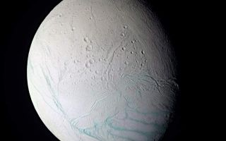 "<h1>PIA06249:  Enceladus In False Color</h1><div class=""PIA06249"" lang=""en"" style=""width:800px;text-align:left;margin:auto;background-color:#000;padding:10px;max-height:150px;overflow:auto;""><p>As Cassini approached the intriguing ice world of Enceladus for its extremely close flyby on July 14, 2005, the spacecraft obtained images in several wavelengths that were used to create this false-color composite view.</p><p>The surface of Saturn's moon Enceladus shows a range of crater ages, including regions that have very few discernable craters at Cassini's resolution. This observation indicates that there have been multiple episodes of activity on Enceladus spread over some fraction of its history. The resurfacing mechanism appears to be dominated by tectonic fracturing. As of yet, there is no clear evidence for release of liquid to the surface in either icy volcanic flows or geysers.</p><p>The south polar region (seen here at the lower right) has a distinctive tectonic structure that sets it apart from the rest of the satellite. Its outer boundary is marked by a series of pronounced tectonic ""gashes"" that form a hoop-like boundary, near 60 degrees south latitude. In this image, this fault zone forms the transition region from the presumably older, cratered terrain in the north to the younger, nearly crater-free region in the south.</p><p>This false-color view is a composite of individual frames obtained using filters sensitive to ultraviolet (centered at 338 nanometers), green (centered at 568 nanometers) and infrared light (centered at 752 nanometers). The view has been enhanced to accentuate subtle color differences and fine-scale surface features.</p><p>The Sun illuminates Enceladus from the lower left, leaving part of the moon in shadow. This view shows the anti-Saturn hemisphere, centered at 42 degrees south latitude, 167 west longitude.</p><p>The images comprising this view were taken with the Cassini spacecraft narrow-angle camera at a distance of about 112,100 kilometers (69,700 miles) from Enceladus, and at a Sun-Enceladus-spacecraft, or phase, angle of 46 degrees. The image scale is about 670 meters (2,200 feet) per pixel.</p><p>The Cassini-Huygens mission is a cooperative project of NASA, the European Space Agency and the Italian Space Agency. The Jet Propulsion Laboratory, a division of the California Institute of Technology in Pasadena, manages the mission for NASA's Science Mission Directorate, Washington, D.C. The Cassini orbiter and its two onboard cameras were designed, developed and assembled at JPL. The imaging team is based at the Space Science Institute, Boulder, Colo.</p><p>For more information about the Cassini-Huygens mission visit <a href=""http://saturn.jpl.nasa.gov"">http://saturn.jpl.nasa.gov</a>. For additional images visit the Cassini imaging team homepage <a href=""http://ciclops.org"">http://ciclops.org</a>.</p><br /><br /><a href=""http://photojournal.jpl.nasa.gov/catalog/PIA06249"" onclick=""window.open(this.href); return false;"" title=""Voir l'image 	 PIA06249:  Enceladus In False Color	  sur le site de la NASA"">Voir l'image 	 PIA06249:  Enceladus In False Color	  sur le site de la NASA.</a></div>"