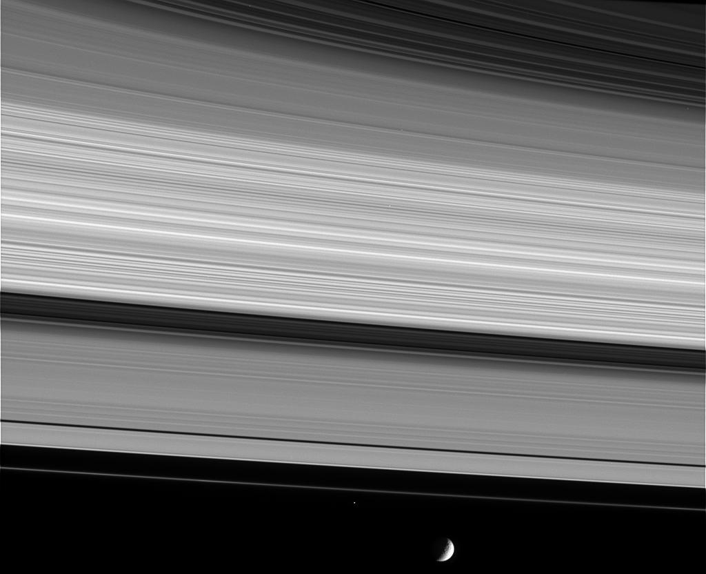 Photos De Mimas Satellite De Saturne ★ Plan 232 Te Astronomie